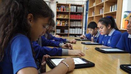 Las plataformas educativas se presentan como una alternativa para los chicos en cuarentena