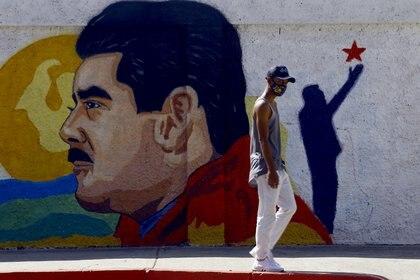 Un mural de Maduro en una calle de Venezuela (JUAN CARLOS HERNANDEZ / ZUMA PRESS)