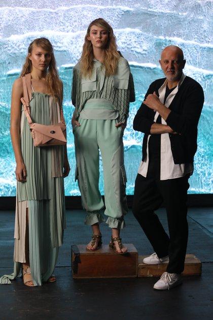 Fabián Zitta junto a las modelos que participaron del fashion film