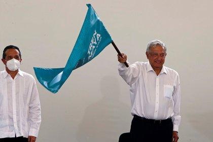 López Obrador es afín a los segundos pisos (viaductos elevados) ya que cuando fue jefe de Gobierno de la Ciudad de México (2000-2005) dio paso a vialidades en ese nivel. (Foto: EFE)