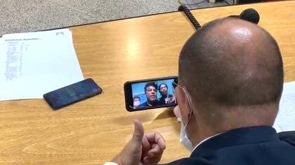 El juez Amarilla en videollamada con Ronaldinho