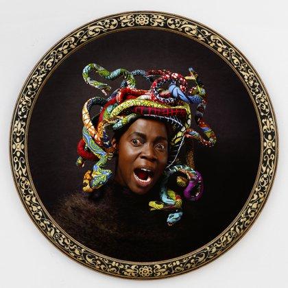 """""""Medusa West"""", de Yinka Shonibare, otras de las piezas de arte del proyecto (Yinka Shonibare)"""