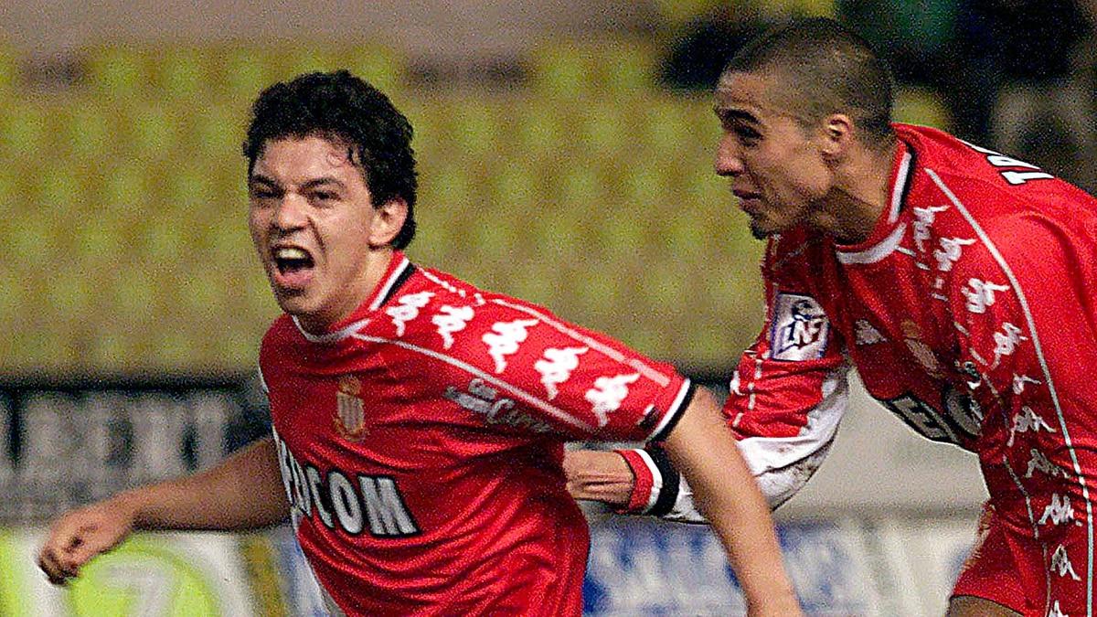 Pecho, sombrero y volea: un gol de Marcelo Gallardo, nominado al ...