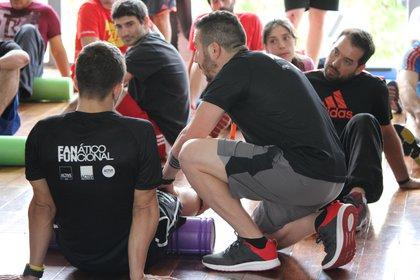 Cada sesión dura 45 minutos, a los que se pueden agregar otros 20 focalizados en una zona específica del cuerpo