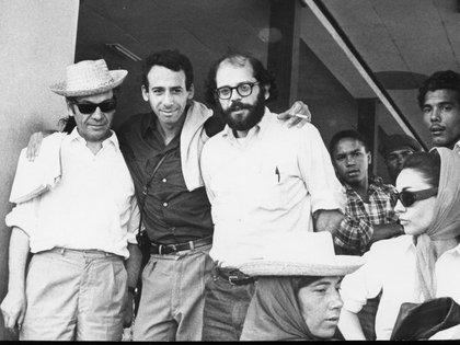 Nicanor Parra, Miguel Grinberg y Allen-Ginsberg en La Habana, febrero de 1965
