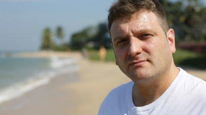 Andrew Wardle, hoy con 44 años, nació sin pene