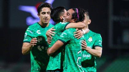 Los de La Comarca están en el octavo lugar de la Liga MX con una racha de cinco partidos sin conocer la derrota (Foto: Cortesía/ Club Santos/ Jos Alvarez/ JAM MEDIA)