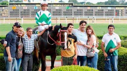 Gastón Sessa tiene un Stud en Chascomús donde cría caballos
