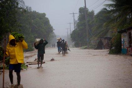 Las autoridades de la Defensa Civil de Cuba activaron las medidas de prevención para reducir los daños al mínimo posible (AP)