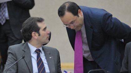 Lorenzo Córdova y Ciro Murayama, consejeros del INE (Foto: Cuartoscuro)