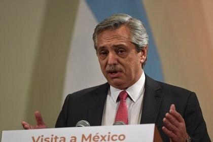 Alberto Fernández en México (Photo by Pedro PARDO / AFP)
