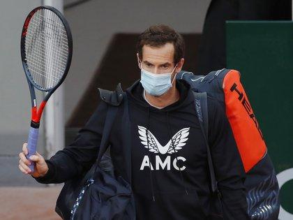 Andy Murray cayó en la primera ronda de Ronald Garros ante Stan Wawrinka (REUTERS)
