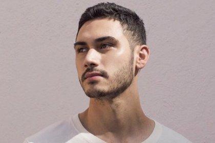 El actor de Oscuro Deseo expresó sus ideas sobre el personaje de Darío Guerra  (Foto: Instagram @alejandrospeitzer)
