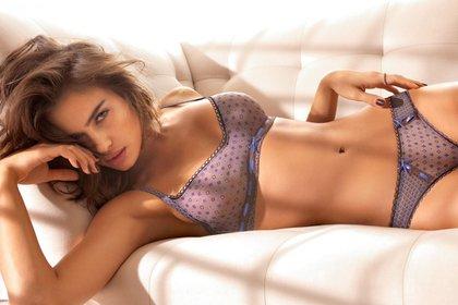 Por su sensualidad protagonizó la mayoría de sus campañas y producciones fotográficas en ropa interior