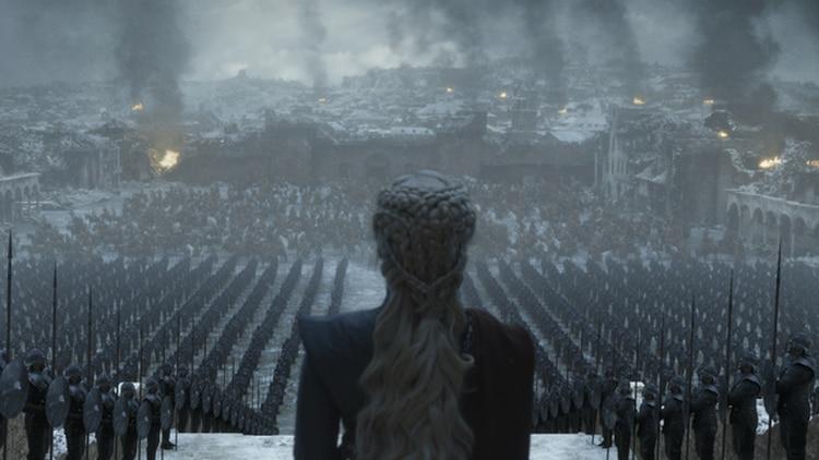 Perdió a su mejor amiga, a Ser Jorah Mormont, a su amor, su derecho legítimo al trono, y ahora, también, sus cabales (Foto: Twitter @GameofThrones)
