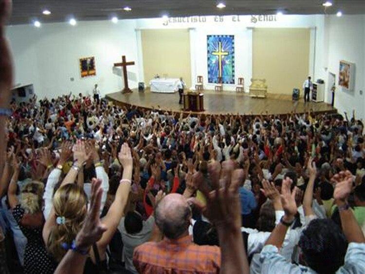 Resultado de imagen para argentina iglesias evangélicas