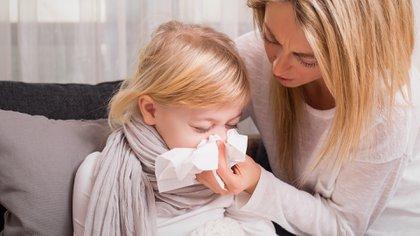 Las patologías típicas del frío afectan sobre todo a niños menores de 5 años y adultos mayores (iStock)