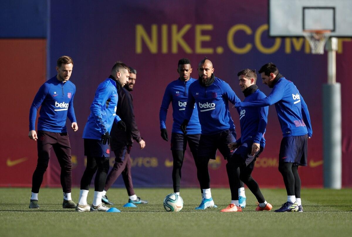 Una estrella del Barcelona mostró su malestar tras la victoria contra el Levante y reveló que pensó en salir del club - Infobae