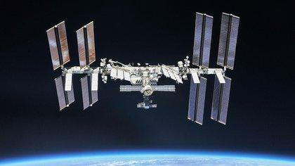 Estación Espacial evita colisión con escombros de un cohete