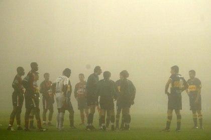 La revancha entre Boca y Cúcuta en la Bombonera estuvo a punto de suspenderse por la niebla