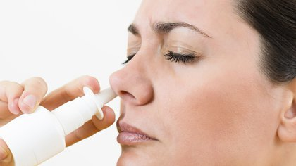 La cavidad nasal y la rinofaringe son los sitios de replicación inicial del SARS-CoV-2