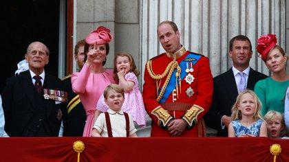 17 de junio de 2017. La familia real británica en el balcón del Palacio de Buckingham después de la ceremonia Trooping the Color
