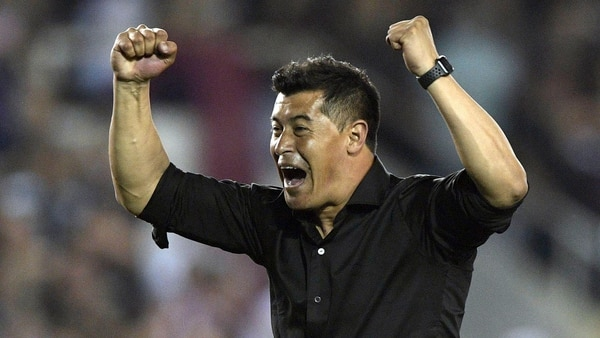 Viene de dirigir a Atlético Nacional de Medellín (Foto: AFP)