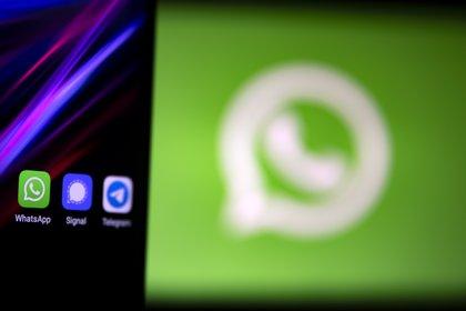 WhatsApp fue criticada por la falta de privacidad (Foto: EFE/EPA/IAN LANGSDON/Archivo)