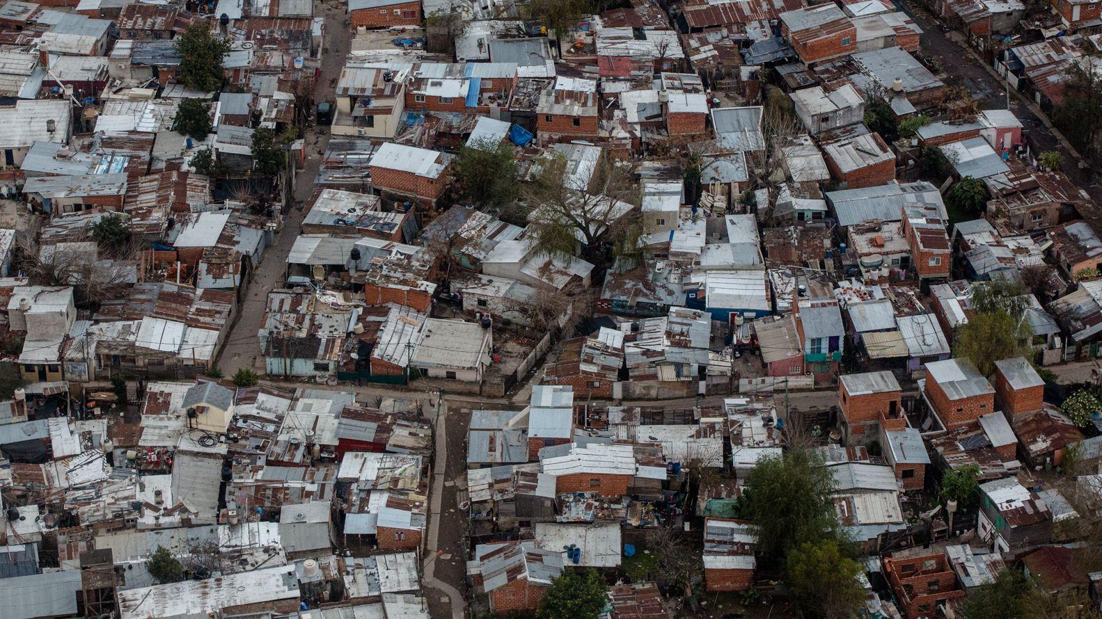 El 25% de las obras en villas y barrios carenciados estarán a cargo de cooperativas. Adrián Escandar 162