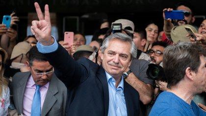 Alberto Fernández votó este domingo en la Universidad Católica Argentina (Foto: Adrián Escandar)