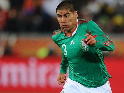 También lo enfrentó por unos minutos en el Mundial de Sudáfrica 2010, cuando México le ganó a Francia 1-0 (AFP)