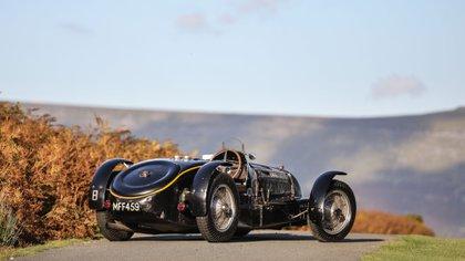 Este modelo alcanzó una potencia de 380 caballos (Bugatti)