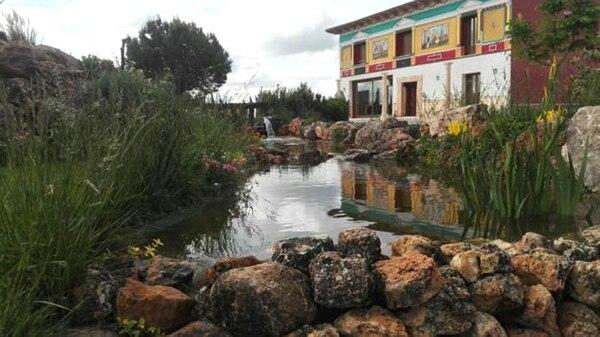 La bodega Las Pedroñeras, en La Mancha, España, allí se elabora el vino más caro del mundo