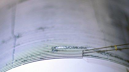 El temblor se registró a 19.83 grados de latitud norte y 75.99 grados de longitud oeste, con una profundidad de 2.8 kilómetros y a 25 kilómetros al suroeste de Santiago de Cuba, informó la Red de Estaciones del Servicio Sismológico Nacional de la isla. EFE/Archivo
