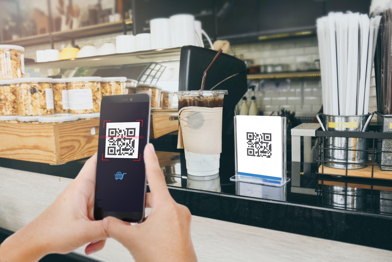 pagos con QR y con celulares en comercios