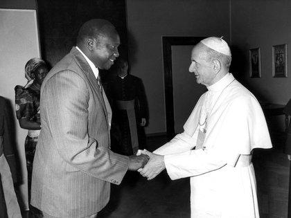 Idi Amin, en su visita al papa Paulo VI (CAMERA PRESS/ AN/DES)