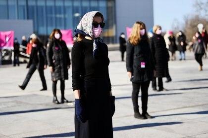 En varios países, como en Alemania, donde se llevó adelante una protesta de mujeres, está creciendo más los contagios en ellas - REUTERS/Annegret Hilse