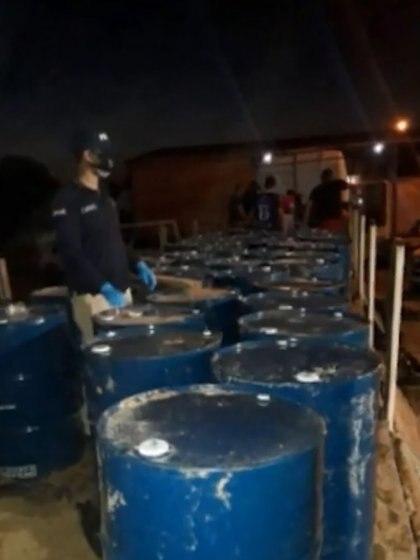 Los 50 tambores que contenían 10.000 litros de acetona