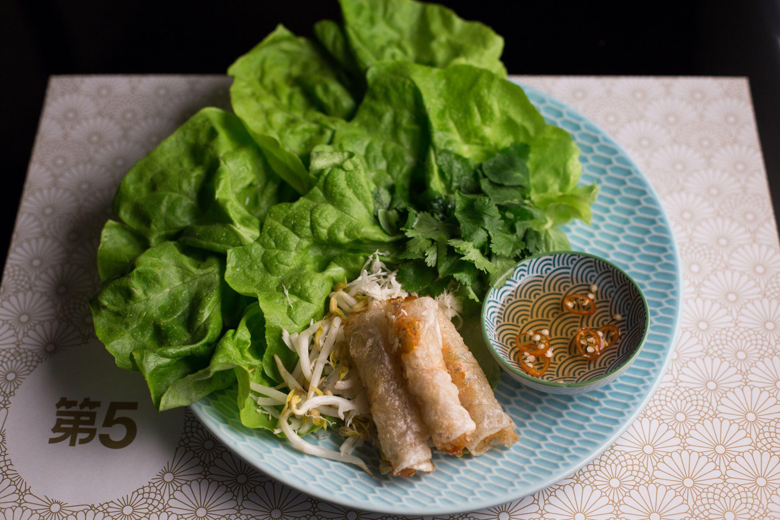 Para quienes no lo conocen, este restaurante tiene un menú que invita a viajar por un rato por el sudeste asiático