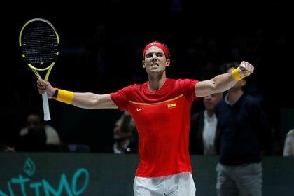Rafael Nadal le dio el primer punto a España (Reuters)