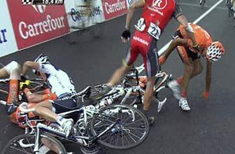 Caída Lance Armstrong en el Tour de Francia