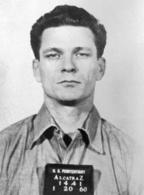 """Frank Morris, en 1960. En la película """"Escape de Alcatraz"""" de 1979 fue interpretado por Clint Eastwood. Fue también, el cerebro de la fuga"""