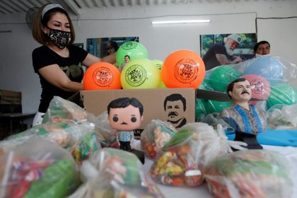 Alejandrina Guzmán también ha repartido juguetes para los niños de familias de Guadalajara (Foto: Archivo)