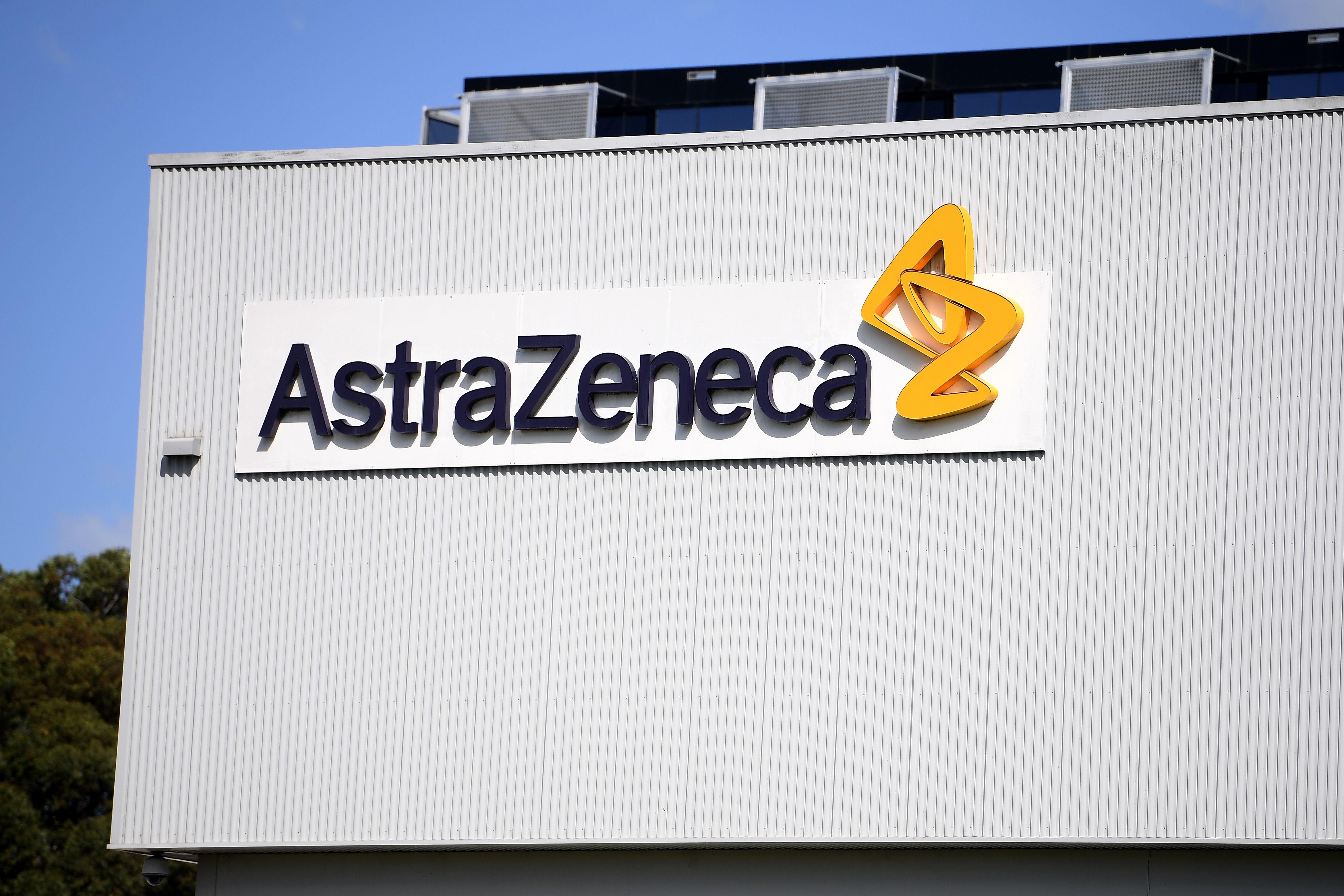 Australia anunció este martes la aprobación de la vacuna contra la covid-19 de la farmacéutica anglosueca AstraZeneca y la Universidad de Oxford sin restricciones a priori para los mayores de 65 años. EFE/EPA/DAN HIMBRECHTS/Archivo