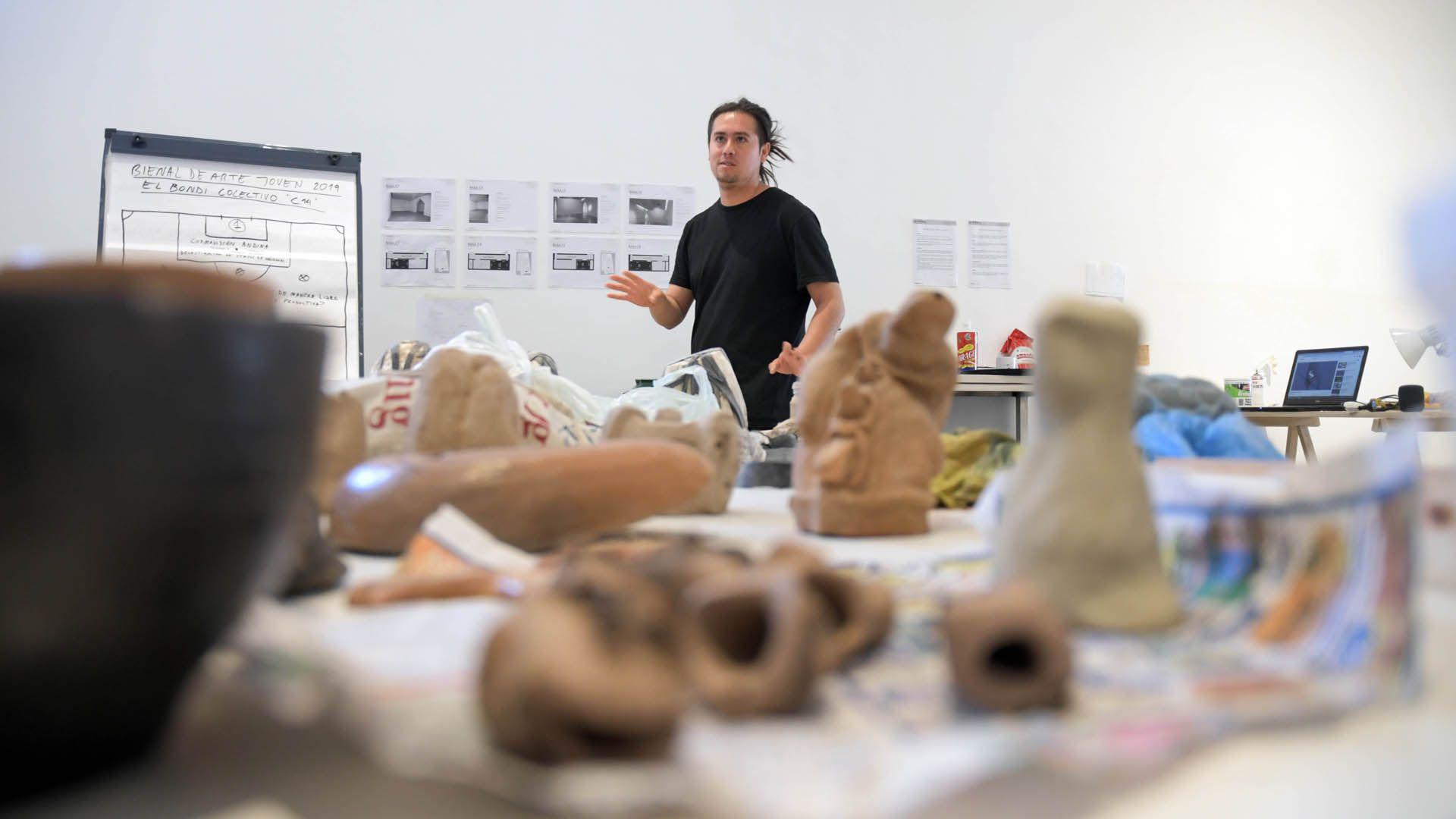 Roque Manzaras, uno de los ganadores de la Bienal de Arte Joven