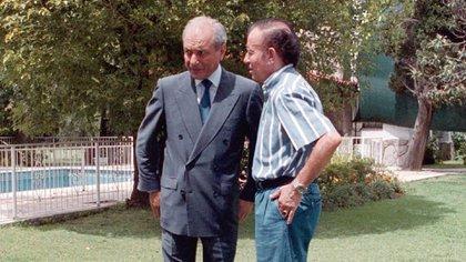 El ex presidente Carlos Menem con su hermano Eduardo Menem (Foto: NA)