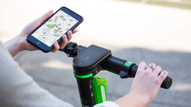 El final de cada trayecto deberá ser informado en la app para calcular su costo