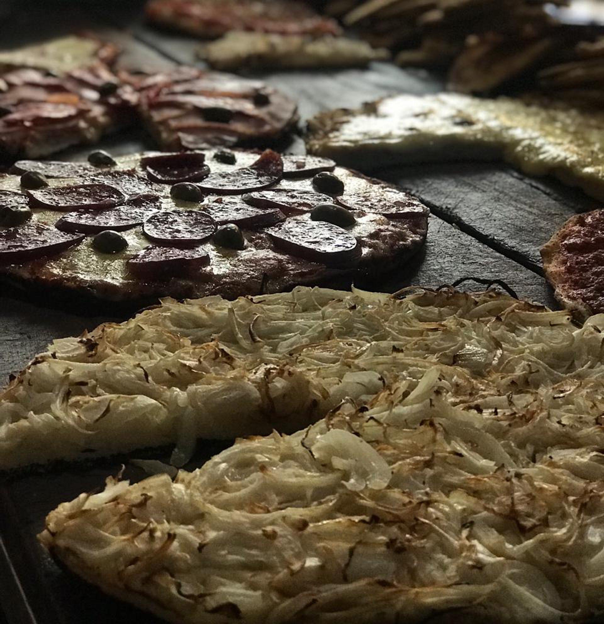 Las pizzas de Angelín, un clásico de Villa Crespo, sobre Avenida Córdoba