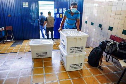 Preparativos en San Salvador (Reuters)