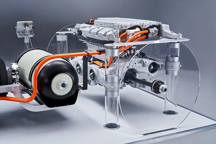 BMW viene desarrollando la celda de combustible de manera conjunta con Toyota, desde 2013.